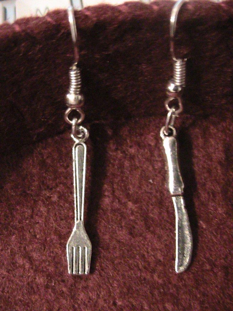 Orecchini forchetta  e coltello in argento tibetano