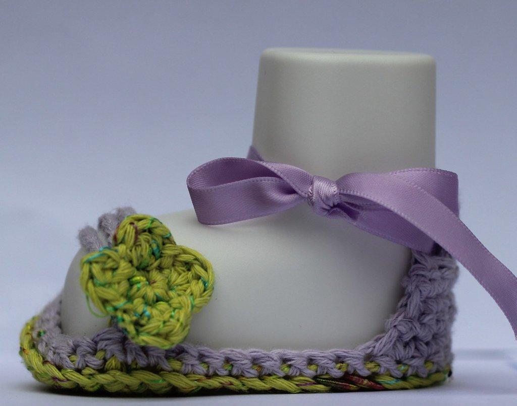 Sandali neonata con nastrino