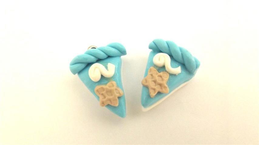 UN CIONDOLO - fetta di torta AZZURRO e STELLINA- fimo  per orecchini - braccialetti - collane - charms