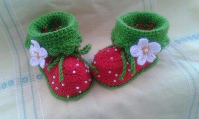 neonati scarpine di lana