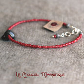 Bracciale semirigido rosso con conchiglia - B.15.2016