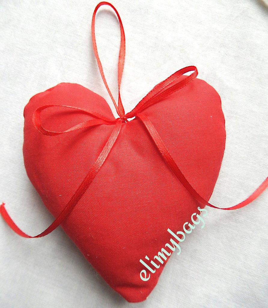 Bomboniera per laurea a forma di cuore rosso di stoffa country da appendere♥