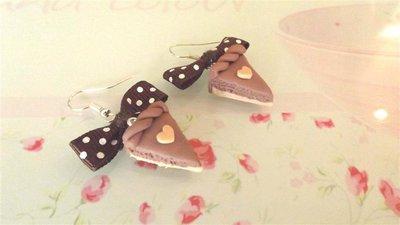 PAIO ORECCHINI IN FIMO - fetta di torta NOCCIOLA  e cuoricino mod.1  - idea regalo compleanno