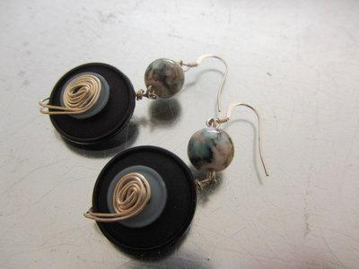 Orecchini con bottoni vintage