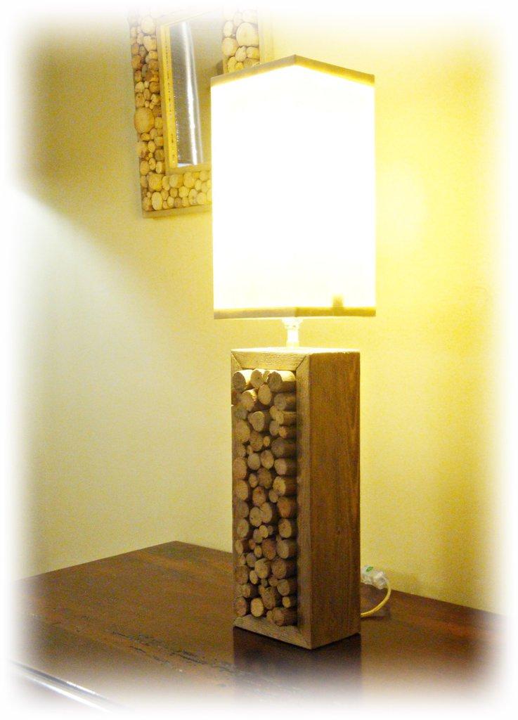 TONDO' lampada con legni di mare