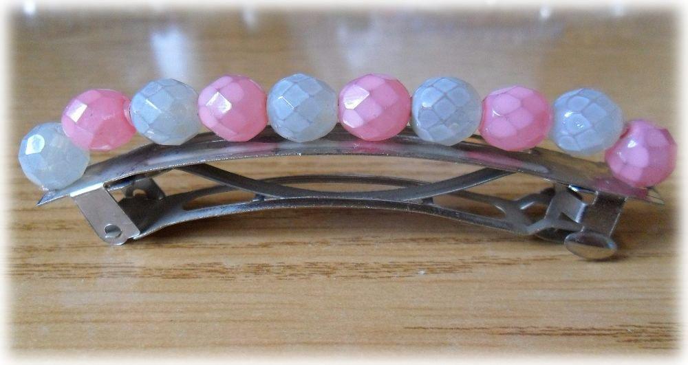 Ferma capelli a molla con perline tonde sfaccettate rosa e bianche opache