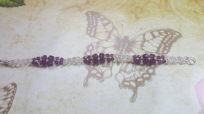 bracciale con fiorellini di swarovski e perline