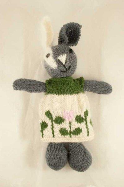 Isotta- coniglio in lana realizzato a maglia