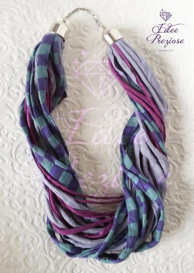 Collana in fettuccia colorata: viola, violetto, verde petrolio