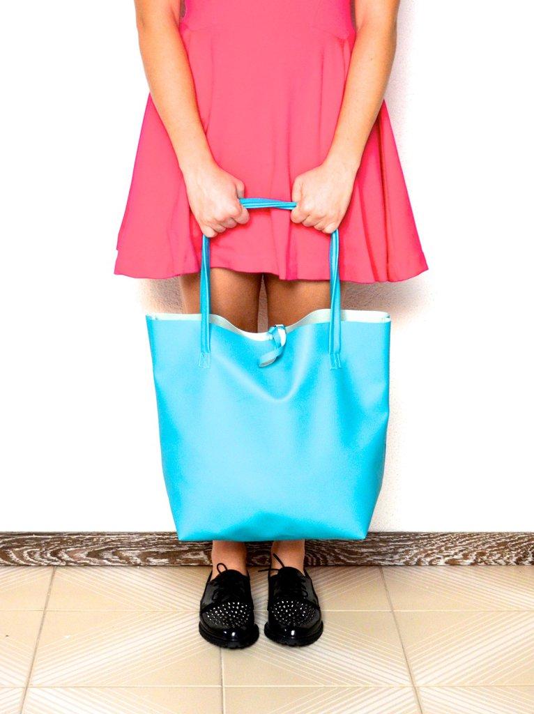 Borsa - maxi shopper - in ecopelle azzurra
