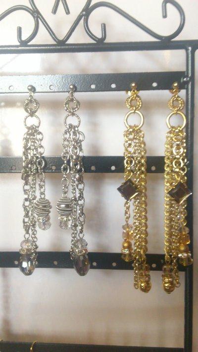 orecchini da cerimonia dorati o argentati