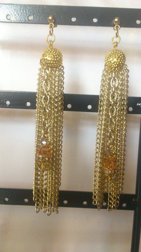 Orecchini dorati pendenti multifili