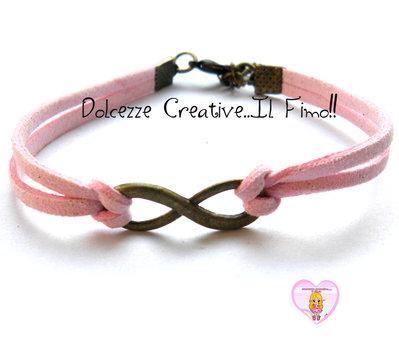 Bracciale Alcantara rosa con simbolo infinito tonalità bronzo - idea regalo ragazza