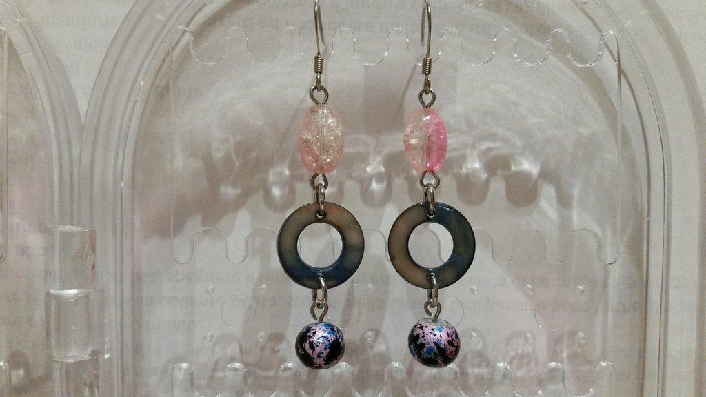 Orecchini pendenti color azzurro e rosa nickel free