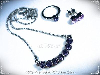 Parure: Collana, Orecchini  e Anello con cristallo viola