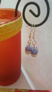 orecchini pendenti con cerchi di swarovski e perle