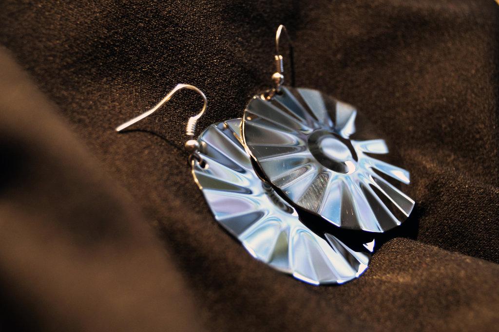 Orecchini pendenti cerchio in acciaio Inox