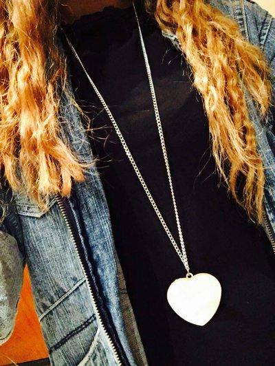 Collana con cuore grande colore argento