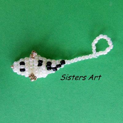 Ciondoli a forma di animaletti realizzati con perline conteria