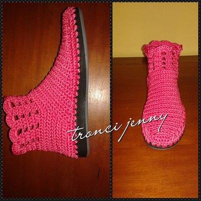 scarpe donna con suola in gomma,lavorate interamente ad uncinetto