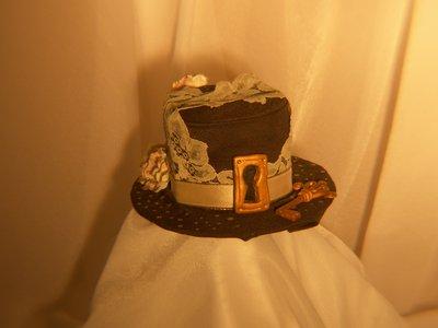 "cappellino mini hat ""hot choccolate"""