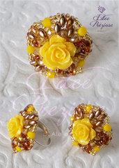 Anello in tessitura di perline color ambra/giallo/marrone