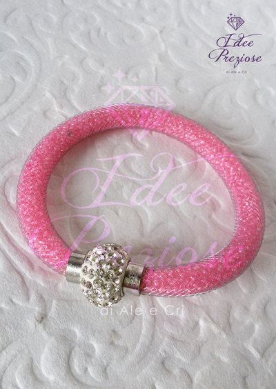 Bracciale con rete tubolare rosa