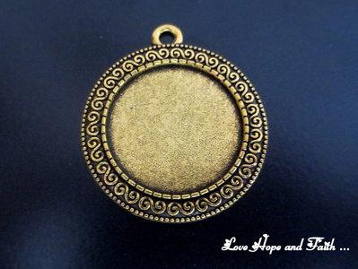 NOVITA'! Base cabochon color oro (acod.4-03)