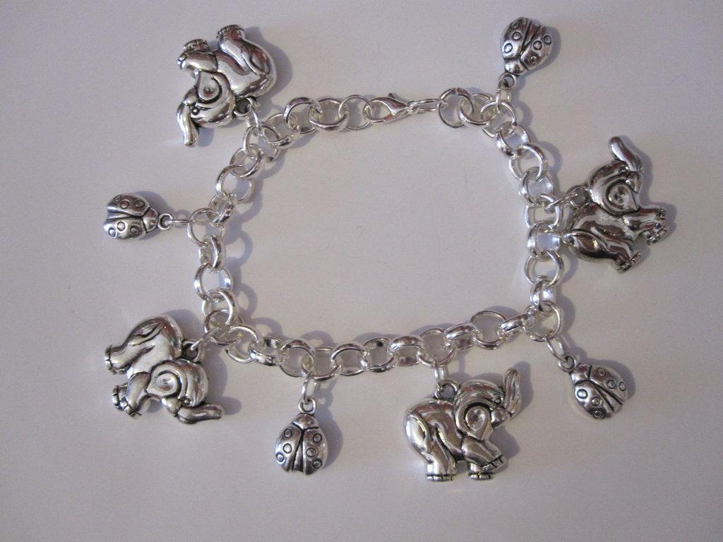 Bracciale charms elefanti e coccinelle in argento tibetano