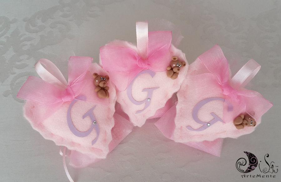Bomboniera battesimo per bimba portaconfetti cuore in tessuto rosa, orsetto e lettera personalizzabile