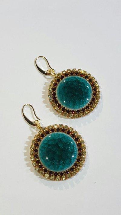 orecchini pendenti con strass e cabochon in ceramica , componenti metallici nichel free dorati