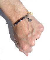Bracciale perline nero e ciondolo  farfalla idea regalo donna ragazza