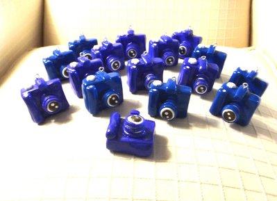 BOMBONIERA LAUREA MATRIMONIO COMPLEANNO - MACCHINA FOTOGRAFICA - fimo - colore BLU