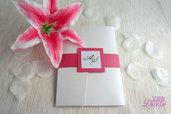 Partecipazione di matrimonio in elegante carta perlata. Colore Azalea