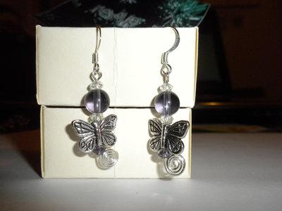 orecchini viola farfalla