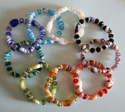 Bracciale elastico con cristalli e perle Murano
