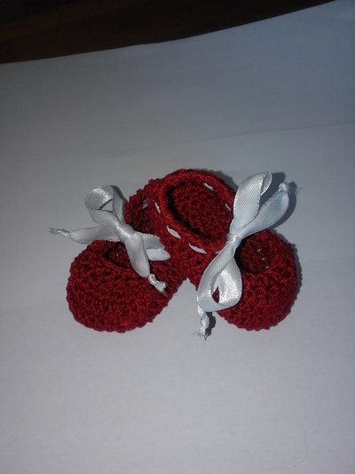 scarpine rosse uncinetto
