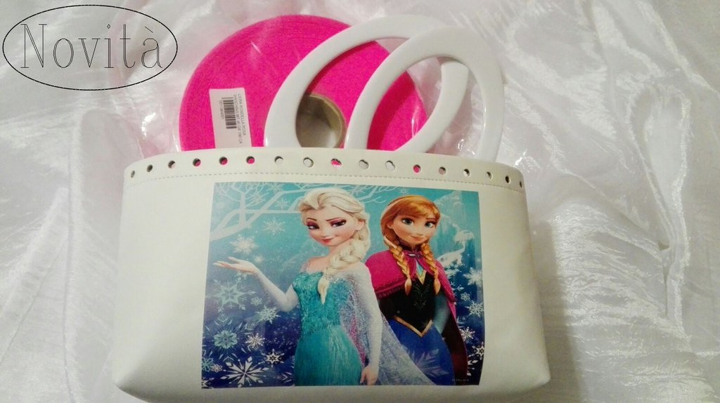 Kit con fondo ecopelle stampa Frozen