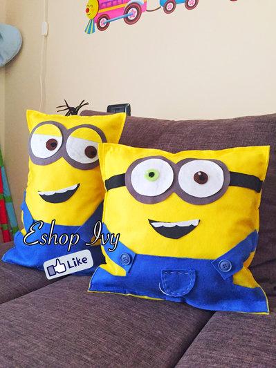 Coppia cuscini pillows minions idea regalo compleanno cuciti a mano con imbottitura cuscino decorazione cameretta