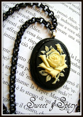 """JULIETTE"" RESIN CAMMEO NECKLACE-PERSONALIZZABILE!"