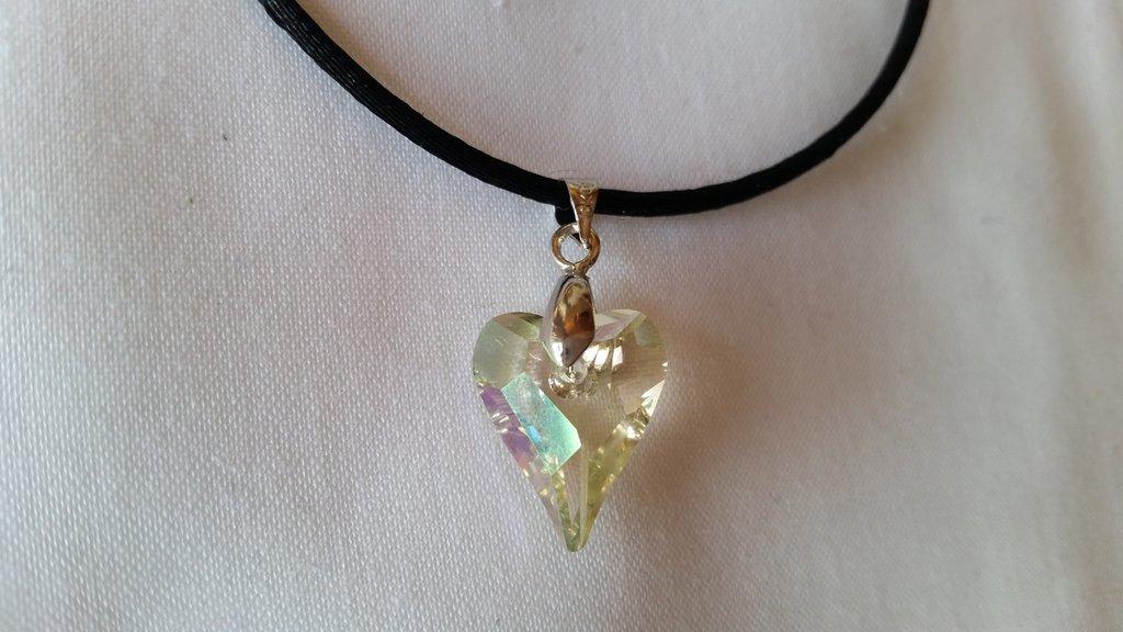 Ciondolo in cristallo SW a forma di cuore color luminous green
