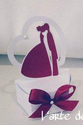 Scatola Scatolina bomboniera sacchetto porta confetti modello sposi per matrimonio, segnaposto.