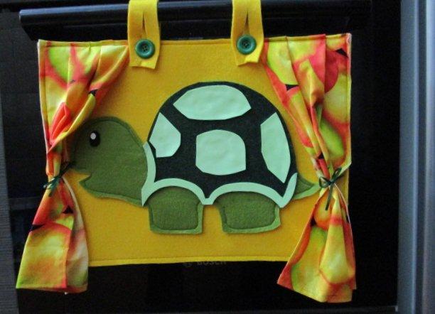 Copriforno in feltro tartaruga