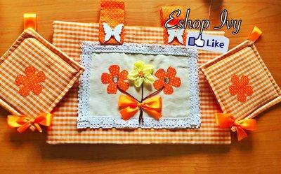 COPRIFORNO con 2 presine idea regalo festa della mamma vari colori con fiori di stoffa e applicazioni