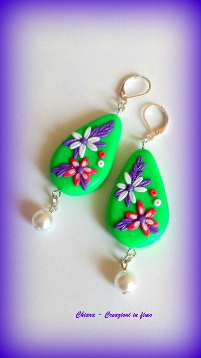 Orecchini in fimo handmade eleganti con fiori in rilievo primavera estate idea regalo Festa della mamma