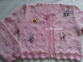 Giacchino /maglia / coprispalle rosa con farfalle colorate