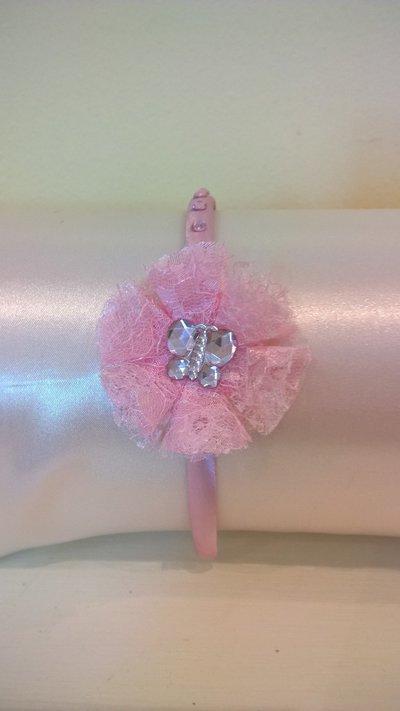 Cerchietto per capelli rosa con fiore in pizzo