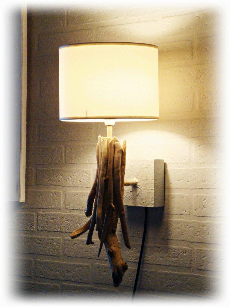 Ocean luce da muro con legni di mare per la casa e per for Legni di mare arredamento
