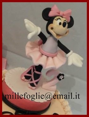 Decorazione torta Minnie Topolina ballerina in pasta di zucchero