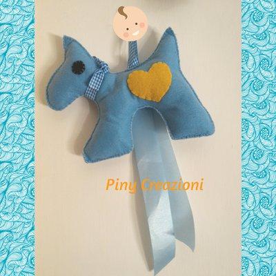 Cagnolino fiocco nascita azzurro decorazione culla